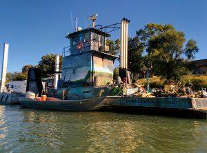 Living Lands & Waters barge on the Ohio River (Photo: Fia Turczynewycz)