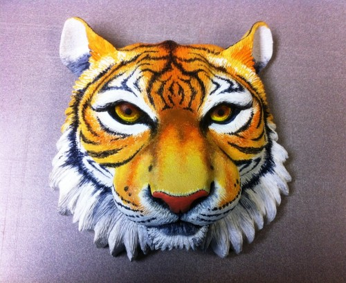 Painted tiger head